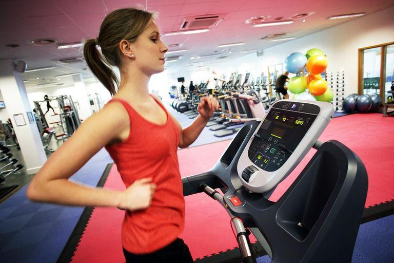 L'activité physique a démontré son efficacité pour lutter contre l'ostéoporose et ses complications.