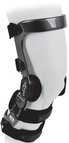 Une orthèse de posture : le but essentiel est de maintenir le genou dans une bonne position.