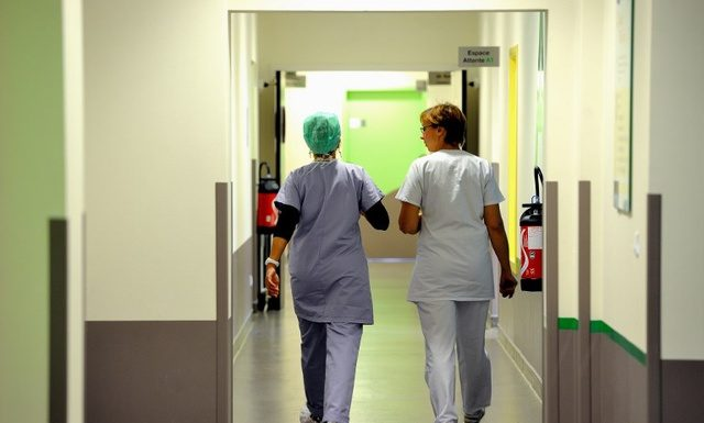 personnel hospitalier