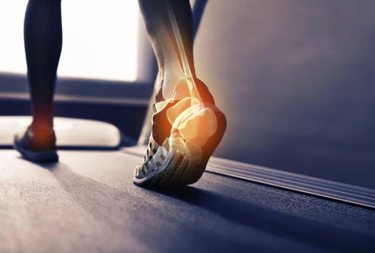 Arthrose de la cheville : causes, symptômes et traitement